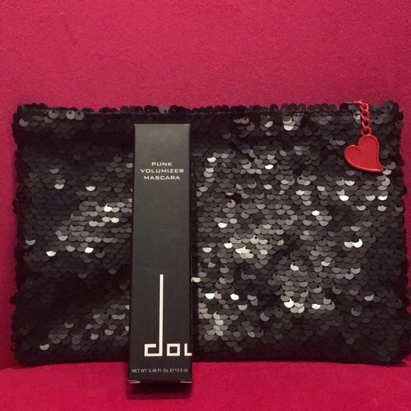 Doucce Other - Doucce BLACK Volumizer Mascara NIB Betty Boop Bag